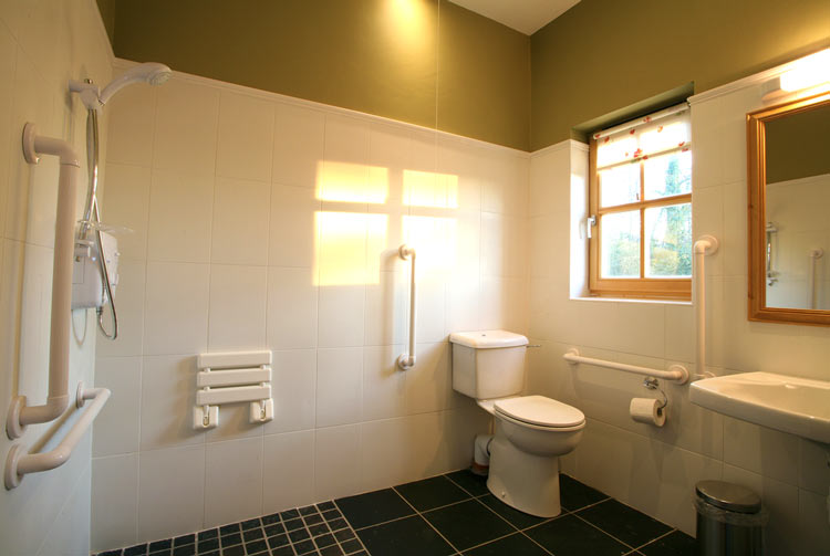 https://harleypark.ie/wp-content/uploads/2015/03/bathroom.jpg